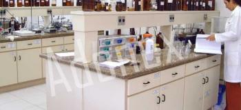Mobiliário para laboratório químico